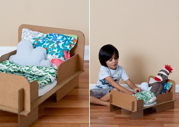 Cardboard-Bed-DIY-1