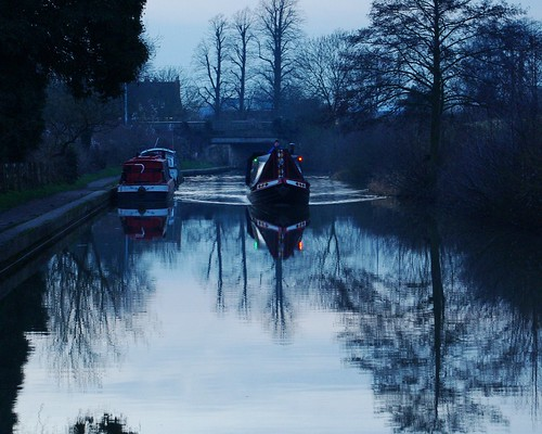 20130113-36_Narrow Boat - Grand Union Canal - Braunston by gary.hadden