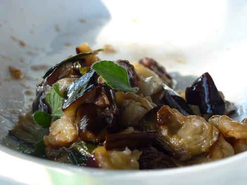 Aubergine with nuts, almonds & Rasins - Melanzane con noci, mandorle e uvetta