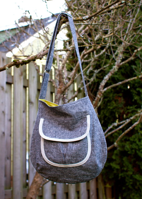 black linen sidekick tote