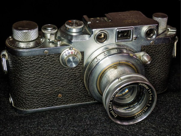 Leica IIIc 35mm rangefinder camera
