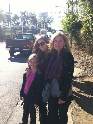 with my mom & niece :)