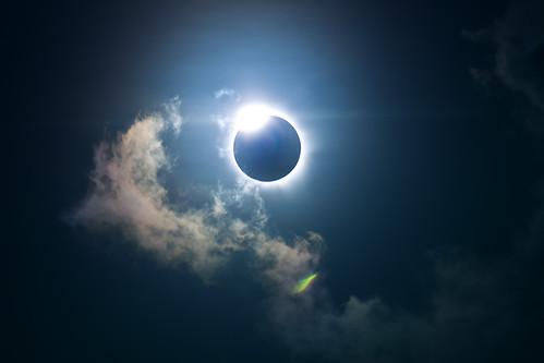 Cairns Eclipse 2012 by Matt D Marshall