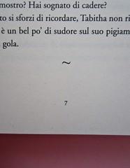 Deborah Willis, Svanire. Del Vecchio editore 2012. Grafica e impaginazione Dario Lucarini. Pagina 7 (part.), 1