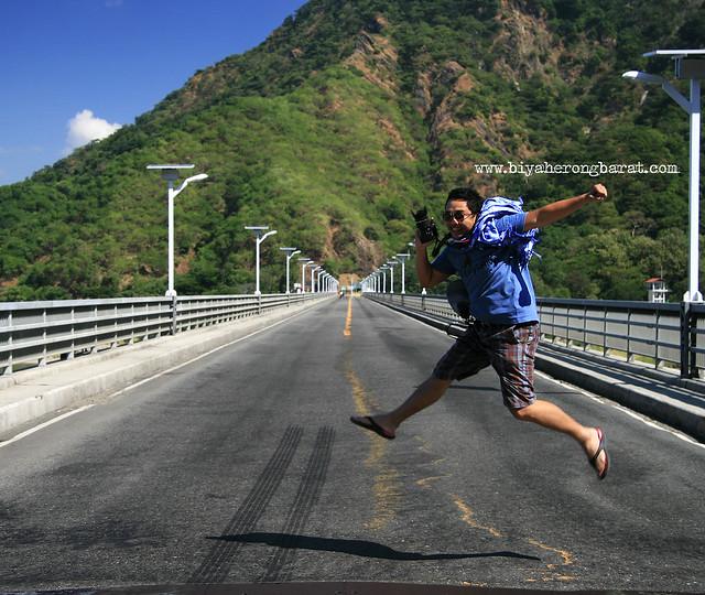 Jay Pagulayan in Quirino Bridge