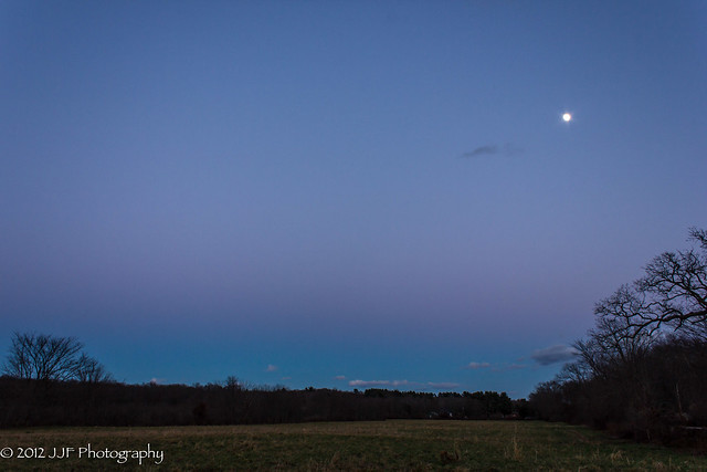 2012_Nov_24_Blue Hour Moon_012