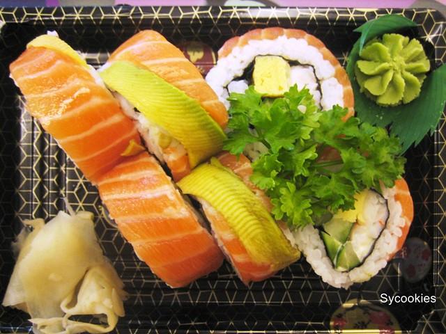 2. tazuna maki@ sushi Q