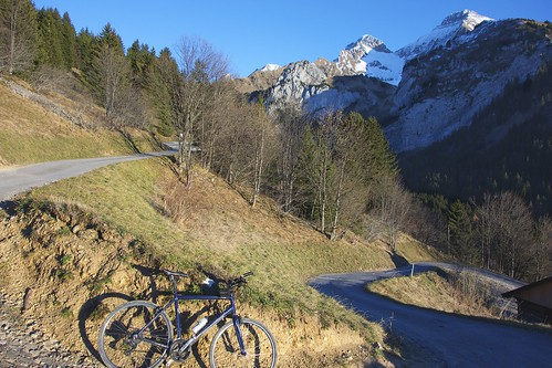 Road to Col de Cenise