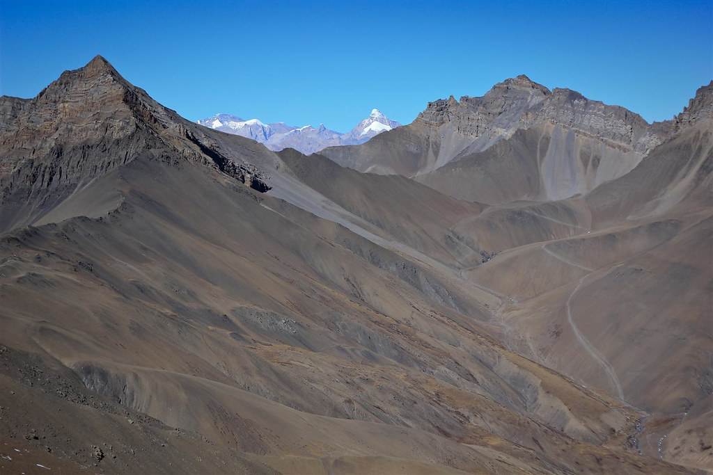 A dusty yak route into remote Tibetan Dolpo