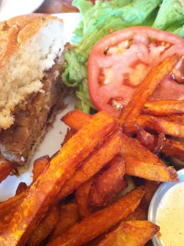 Lunch @ Peaches in Brooklyn