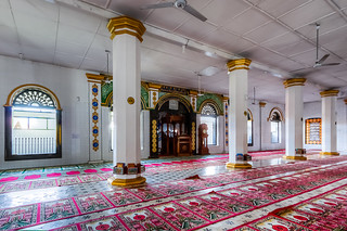 Interior of Ganting Grand Masjid