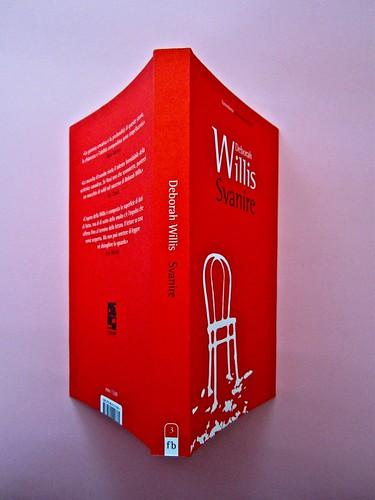 Deborah Willis, Svanire. Del Vecchio editore 2012. Grafica e impaginazione Dario Lucarini. Quarta di copertina, dorso, copertina (part.), 1