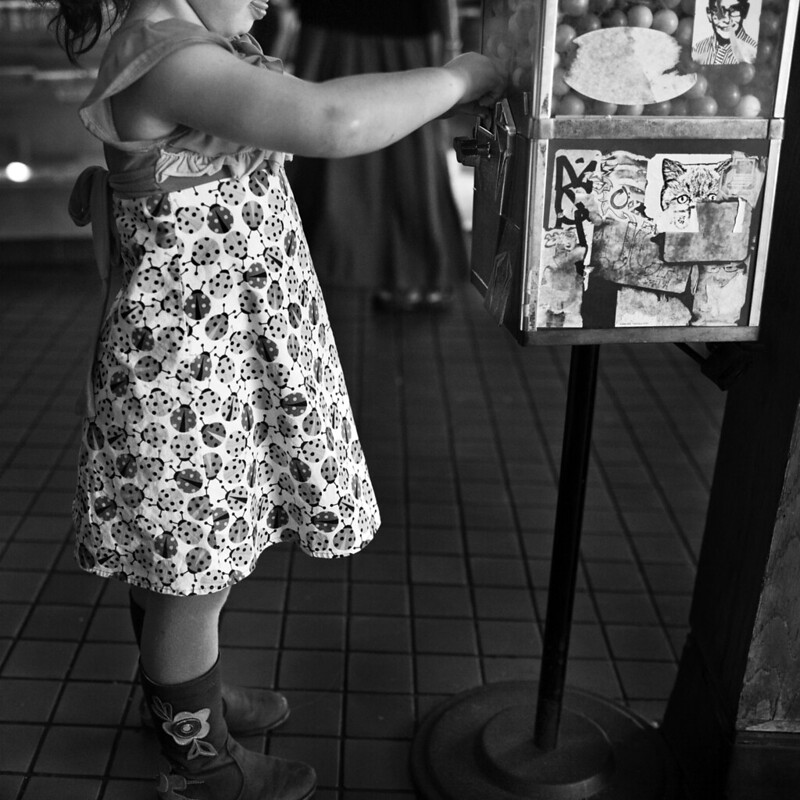 Kid & Gumball Machine, Canter's Deli, Los Angeles, Photo by Jackie Alpers