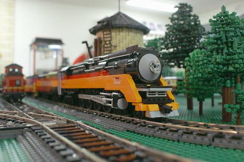OrangeShow12_13
