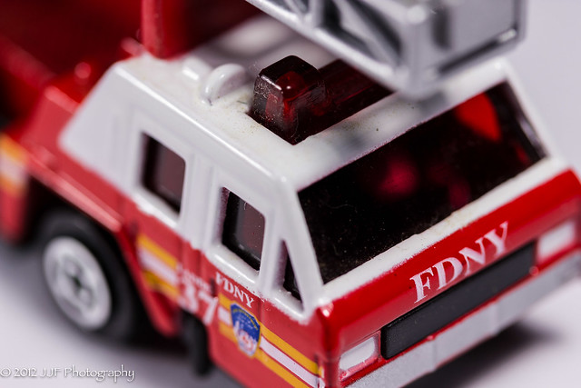 2012_Nov_26_Toy Ladder Truck_015