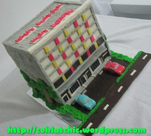 Cake hotel fortune spa dan karaoke