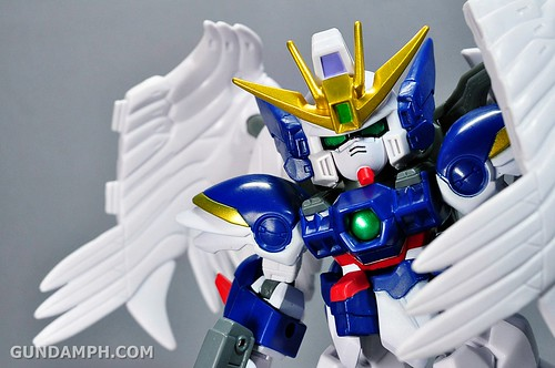 SDGO Wing Gundam Zero Endless Waltz Toy Figure Unboxing Review (30)