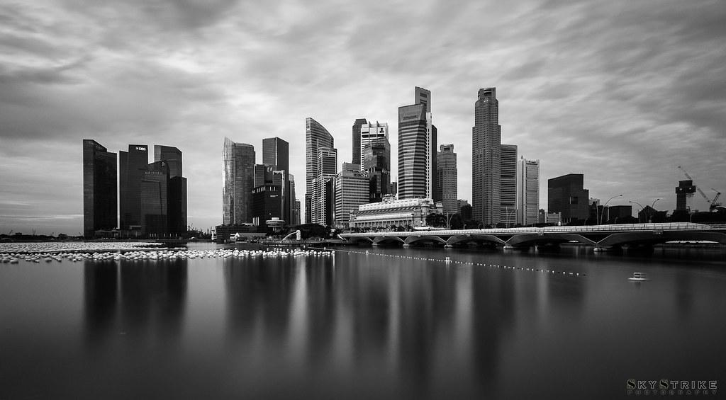 CBD Singapore (B&W)