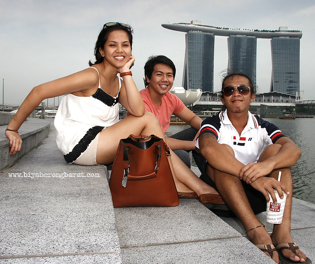 Jehanna and Jourdan behind the Outdoor Theatre Esplanade Marina Bay Sands