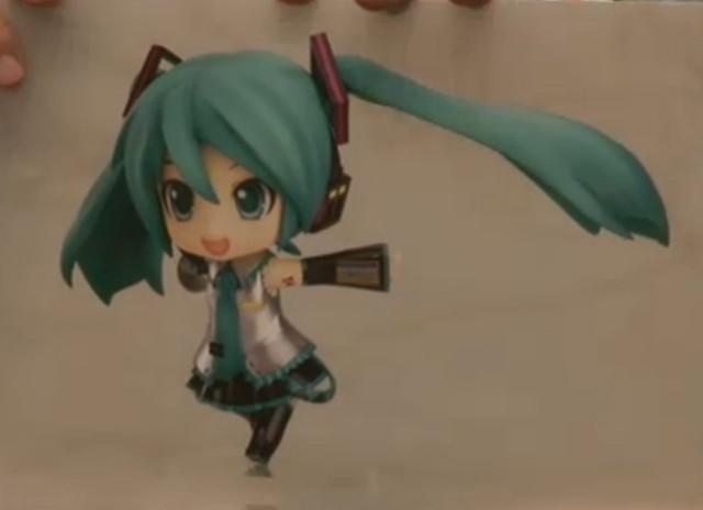Running Miku