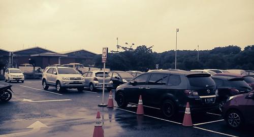Parkir Inap Bandara, Pindah! (3/3)
