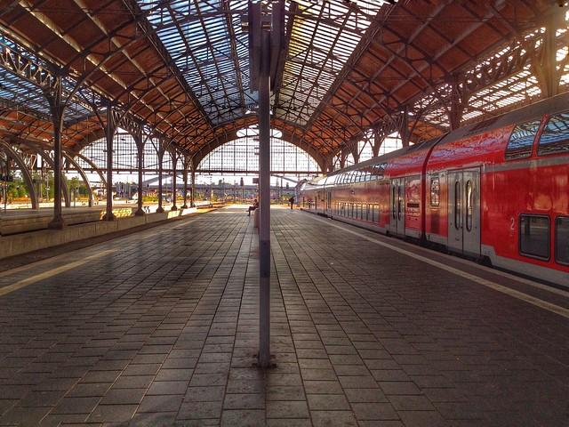 Der Lübecker Bahnhof- einfach