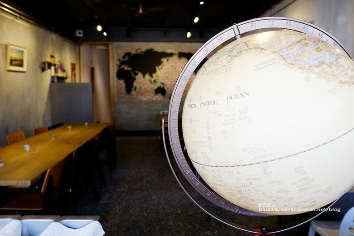 28543179196 cd2ab94a60 c - 旅圖好咖You Tu Cafe-盤餐巧巴達午時特餐沙拉點心.還有漂亮的微舒打系列飲品.世紀小吃對面