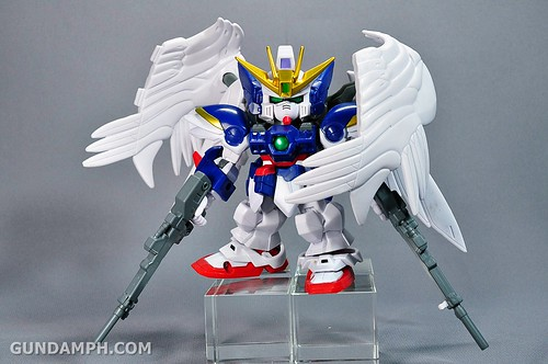 SDGO Wing Gundam Zero Endless Waltz Toy Figure Unboxing Review (27)