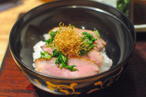 Steamed Rice topped with Broiled Duck