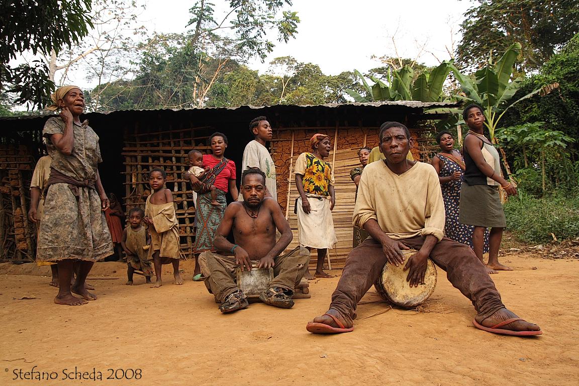 Baka community - Réserve du Dja, Cameroon