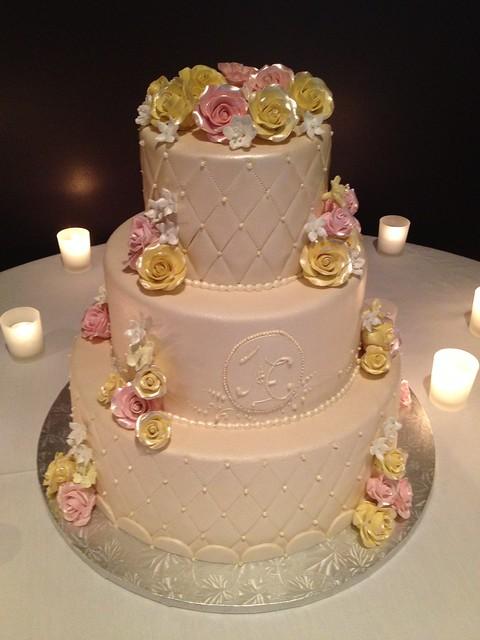 J&E wedding cake