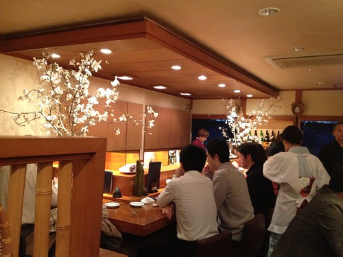 1Fはカウンター席でいい雰囲気@銀魚 (ぎんぎょ)