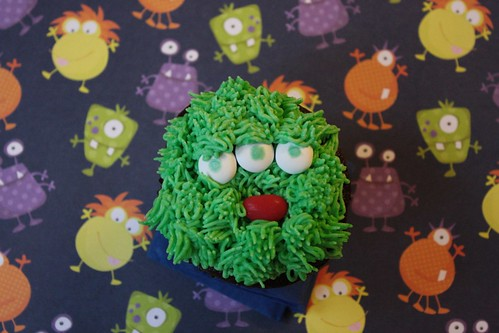 2012 10 Monster Cupcakes (5)