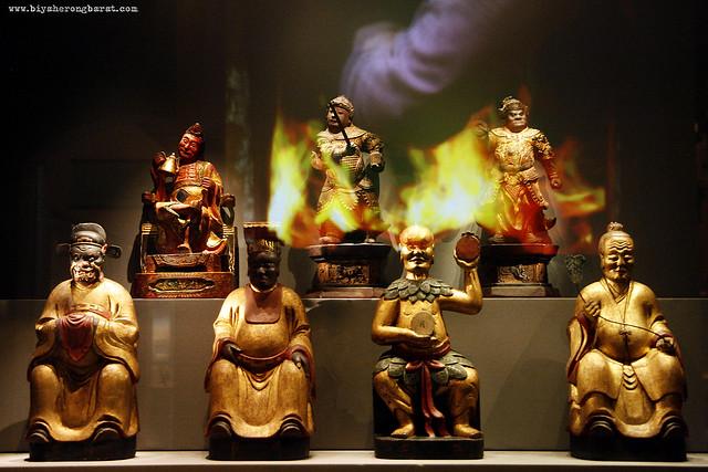 Peranakan Religion in museum