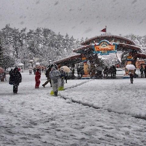 雪のトゥーンタウン。