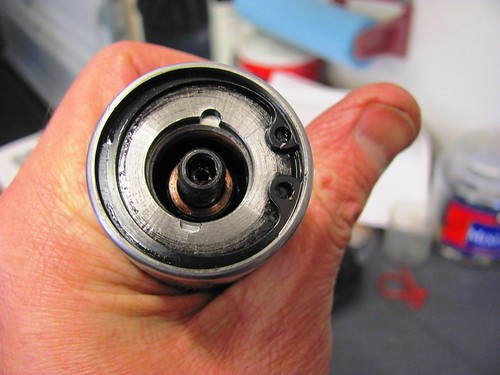 Fork tube c-clip