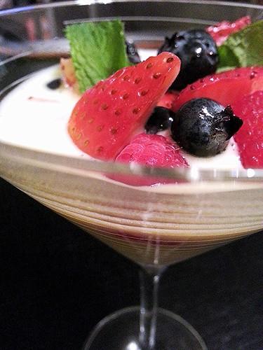 Berries sabayon (cold) by pipsyq