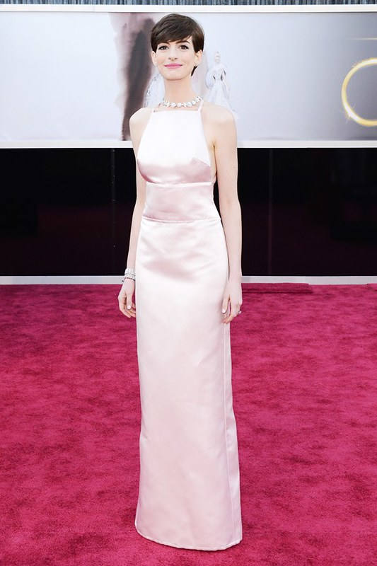 Anne Hathaway in Prada gown with Tiffany Co