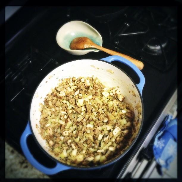 Sausage, onion, garlic, fennel & mushrooms...