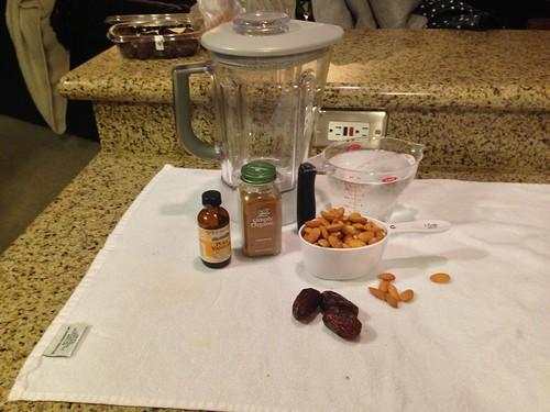 Almond Milk Ingredients 2