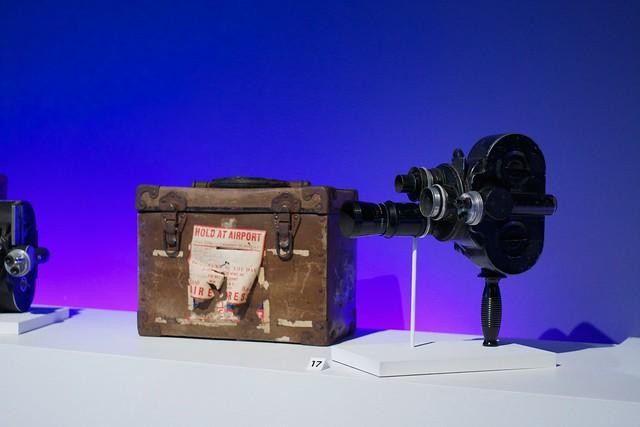 Portable news camera (1)