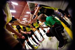 Coach Kasche gibt letzte Anweisungen. foto:katrin-kieffer.de