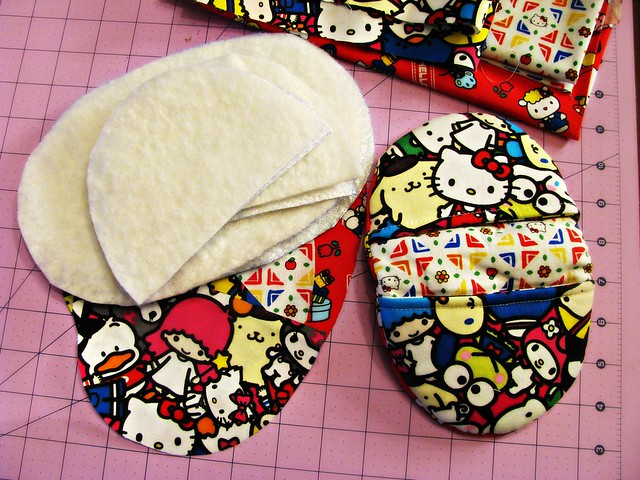 Pinch Pot Holder and Supplies