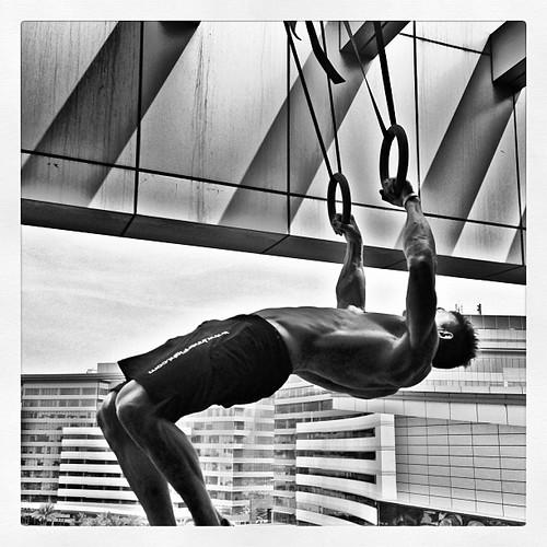 Hanging out! #muscleup #gymnastics #workout #fun #smashlife #training #innerfight