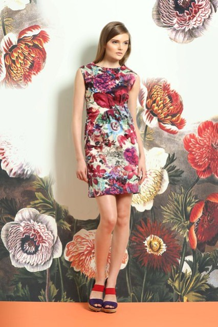 overall floral print pleated sleeveless dress