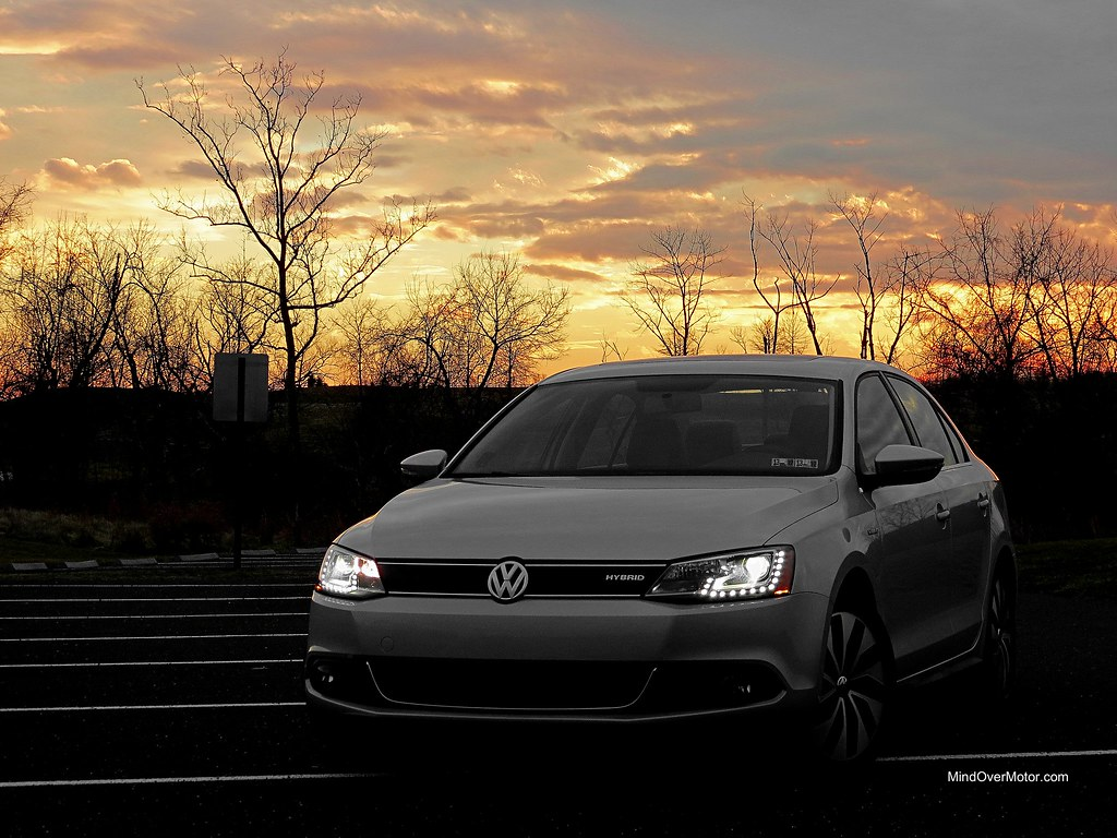 VW Jetta Hybrid LED lights