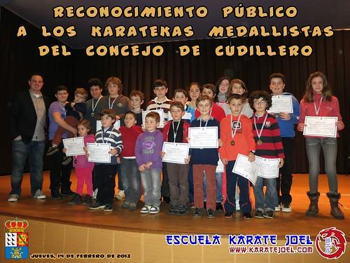 Foto de grupo del Reconocimiento Público del Ayuntamiento de Cudillero