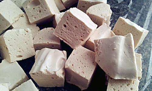 Buttered rum marshmallows