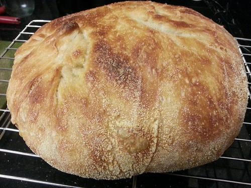 Bread loaf by pipsyq