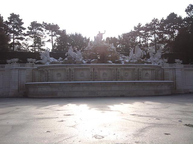 Spring is coming to Schönbrunn (14)